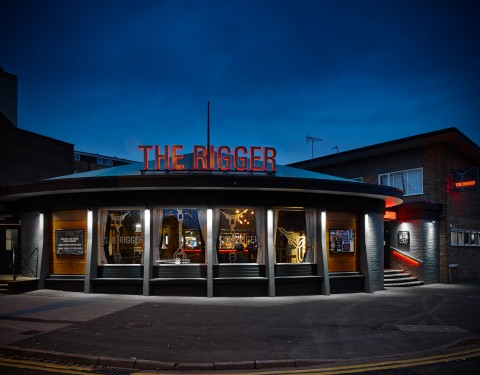 The Rigger, Stoke